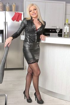Sexy leather skirt fucking
