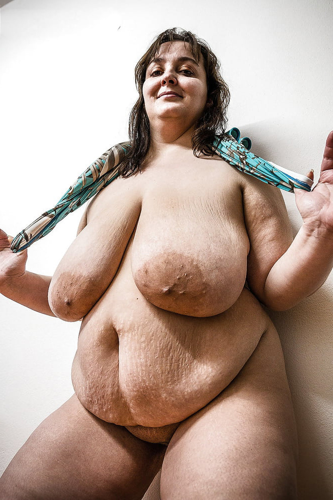 Free naked pictures of fat women